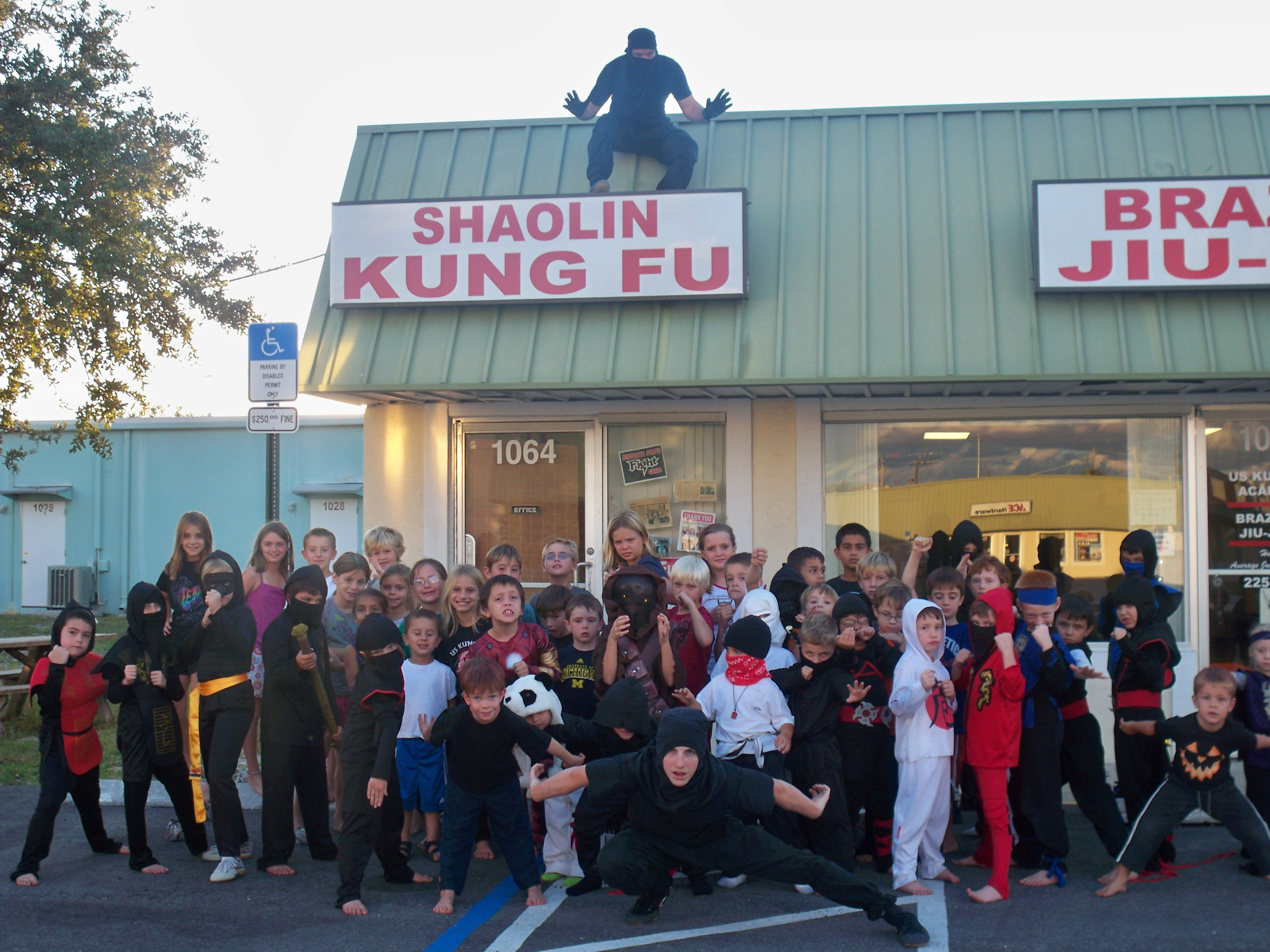 http://www.uskungfuacademy.com/wp-content/uploads/2011/10/100_2088.jpg